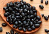 Dân gian trị đau bụng kinh bằng hạt đậu đen