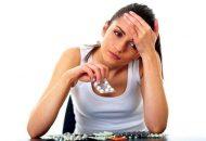 Lạm dụng thuốc tránh thai - Sai lầm khi tự chữa đau bụng kinh tại nhà