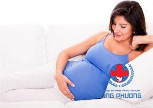 Có thai có bị ra khí hư không?